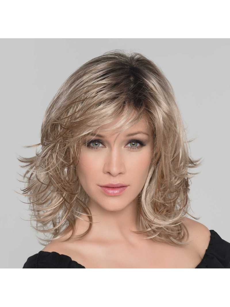 Perruque synthétique mi longue wavy Ocean - sandyblonde rooted