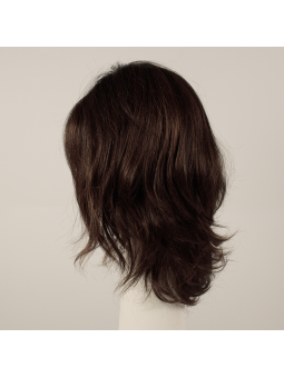 Perruque synthétique mi longue wavy Touch - chocolate rooted