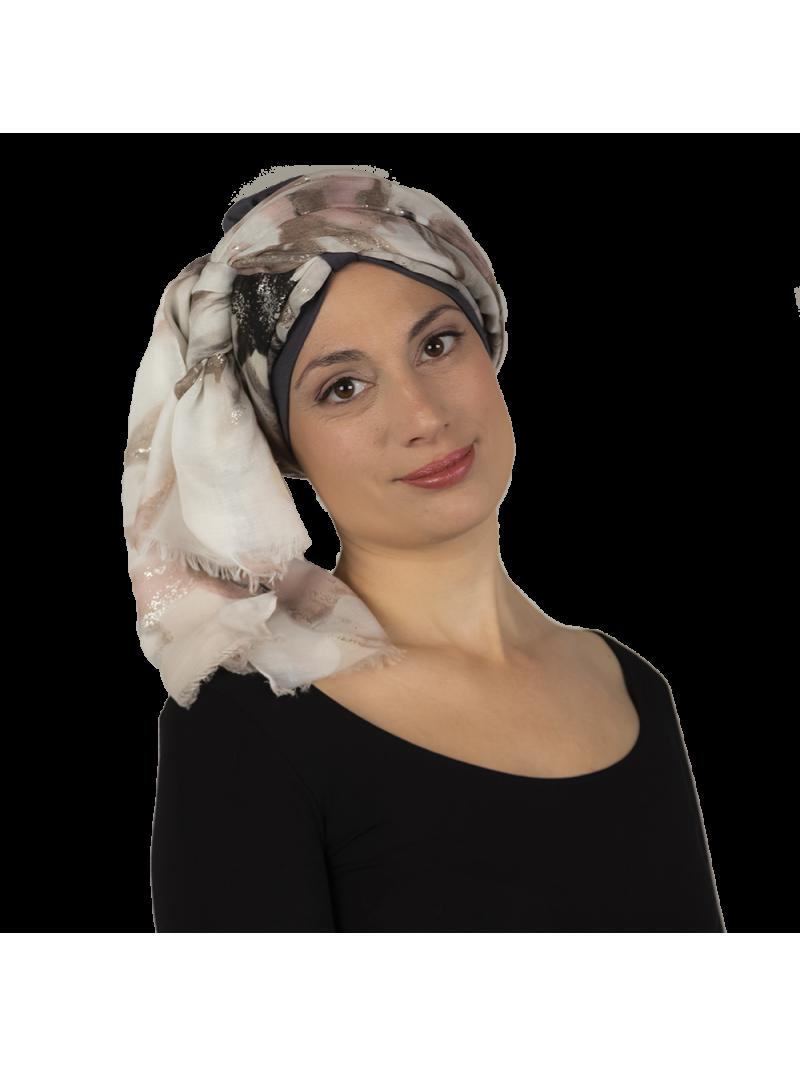 box amour bonnet aktion et gris et foulard gris fleurs