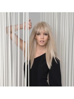 Perruque synthétique longue lisse Cher Futura