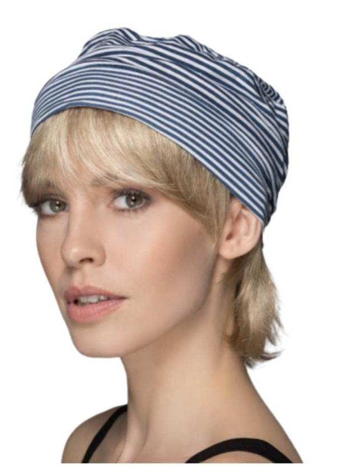9a779546ed693 La couronne de cheveux Mint est une coupe courte et le modèle Sage, avec  plus de longueur :